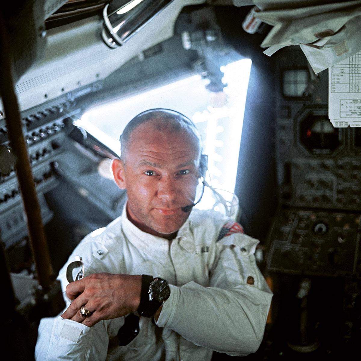 宇宙飛行士画像