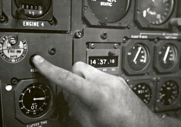 コンコルドSSTにオメガの時間計測器を搭載画像